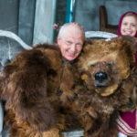 Аренда чучело Медведя с артистом